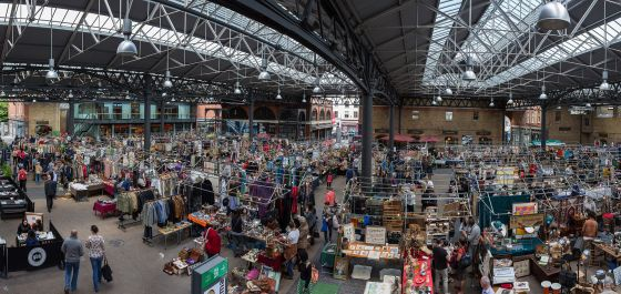 Old_Spitalfields_Market_Panorama,_London,_UK_-_Diliff